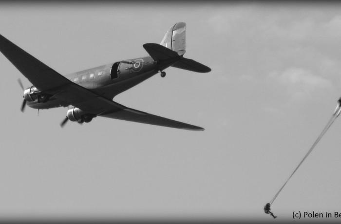 Dakota met parachutist