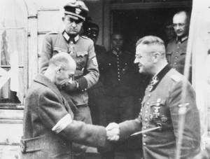 De overgave door e Duitsers benut voor propaganda doeleinden