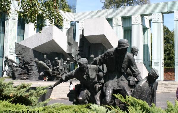 Monument Opstand van Warschau