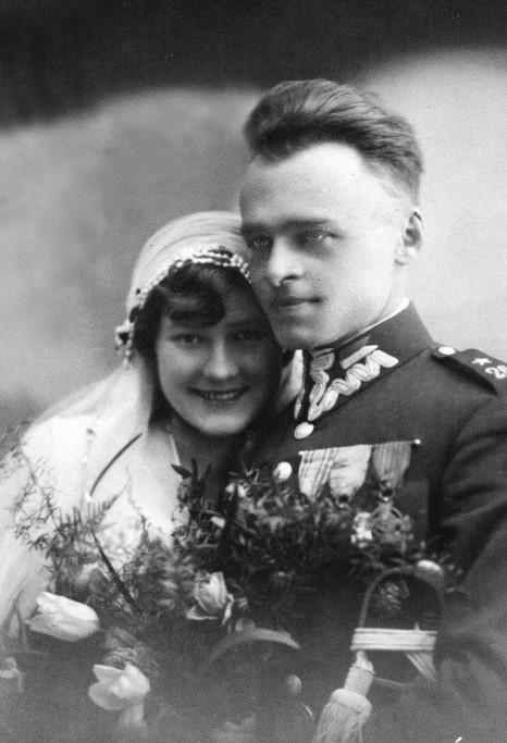 Witold Pilecki en Maria Ostrowska trouwen, april 1931 (Collectie Zofia and Andrzej Pilecki)