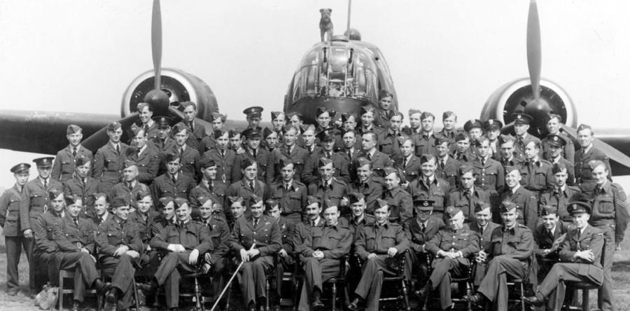 Poolse Bommenwerper Uit De Tweede Wereldoorlog Polen In Beeld